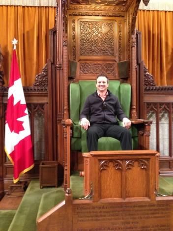Dans la Chaise du vrai Président!